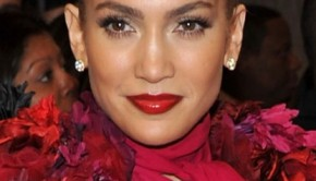 jennifer_lopez_met_ball_red_lips