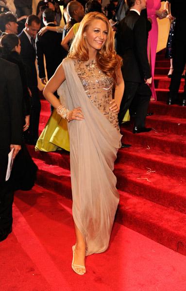 Beyonce Jennifer Lopez Blake Lively Glam Up For The Met Gala