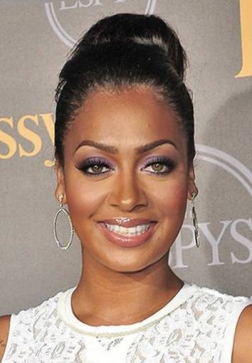 Bun Hairstyles For The Office Easy Bun Hairstyles For The