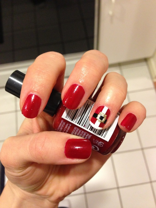 DIY Holiday Nail Art 2012 - Christmas Manicure Ideas | Loren
