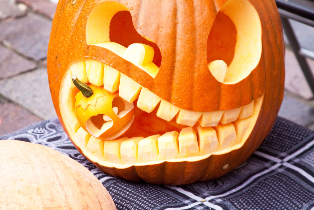 6 creative pumpkin carving ideas for Different pumpkin designs