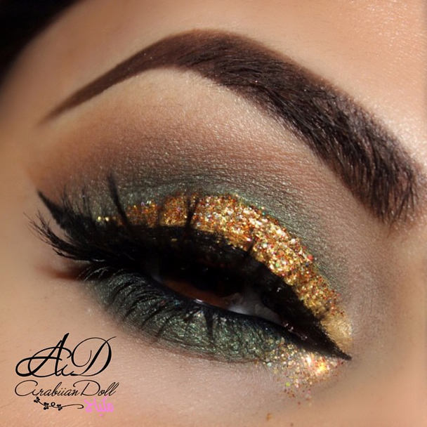Motives_Glitter_Makeup_Looks_for_the_Holidays