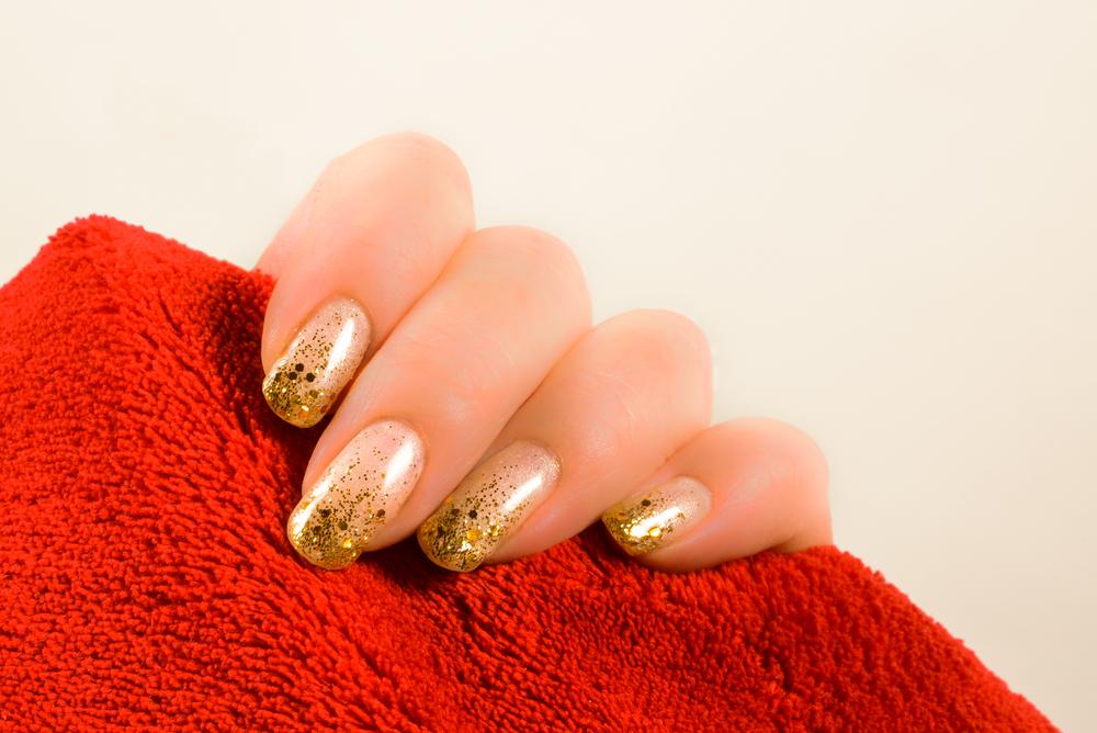 Glittery Gold Manicure - NYE Manicure Ideas