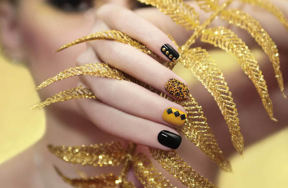 caviar manicure for new year's eve