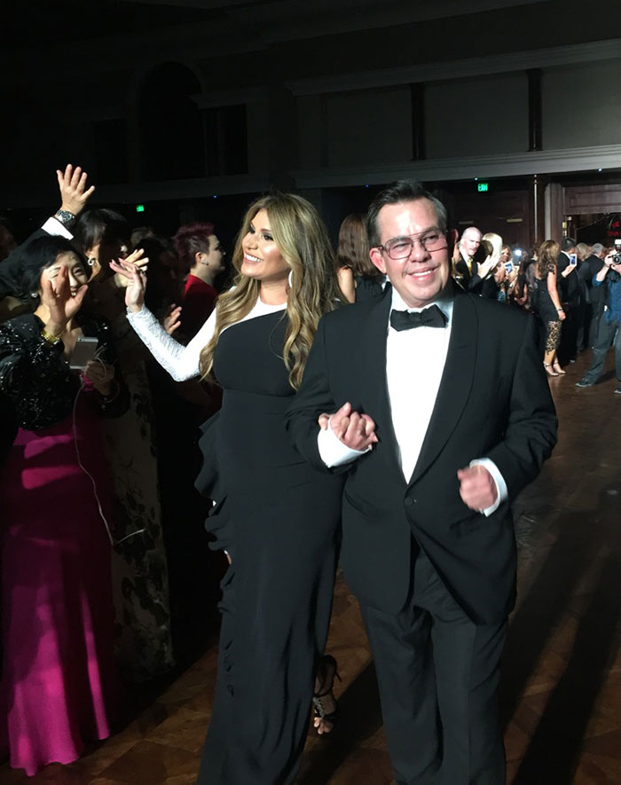 JR-and-Loren-Ridinger-Making-an-Entrance-at-the-MAIC-2015-Gala