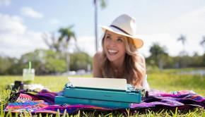 Nikki Novo Guest Blogger on Loren's World: 3 Beliefs That Are Secretly Holding You Back