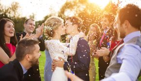 How to Choose the Perfect Wedding Gifts