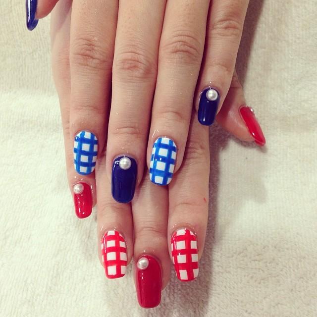 Festive Fourth of July Nail Designs - Loren\'s World