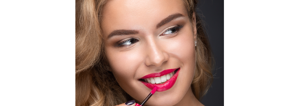"""5 Products To Help Create a """"5 Minute Face"""""""