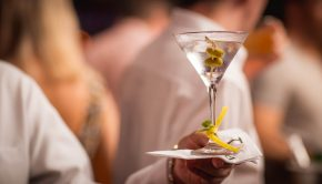 How to Make the Perfect Classic Martini | Loren's World