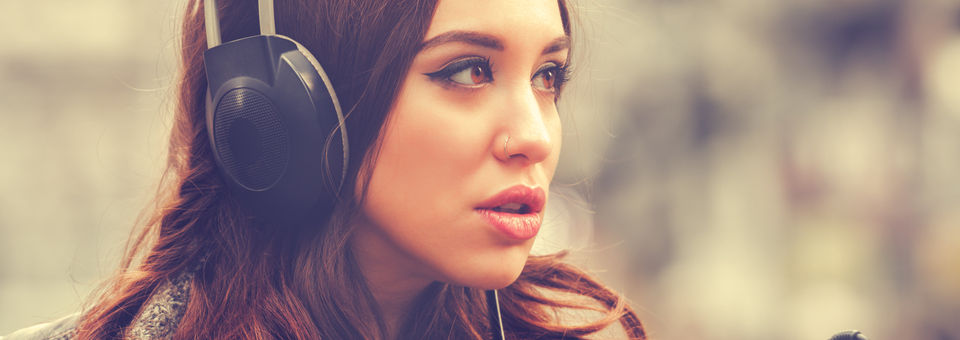 podcasts, fashion podcasts, fashion, fashion news, fashion podcast, listen, woman on headphones