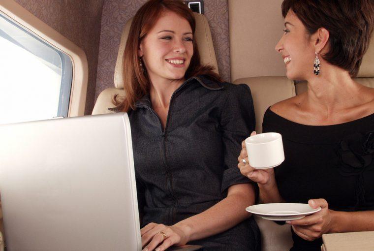 5 Foods That Defy Post-Flight Dehydration | Loren's World