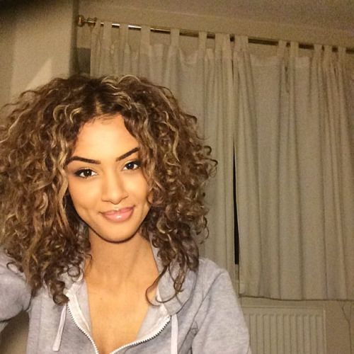 How To Get Thicker Hair Naturally Yahoo