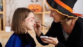 How to Make DIY Face Paint for Halloween | Loren's World