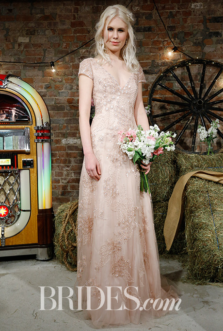 wedding dress, bridal trends, bridal, weddings, wedding fashion wedding, brides.com, spring 2017, spring 2017 trends, spring 2017 bridal trends