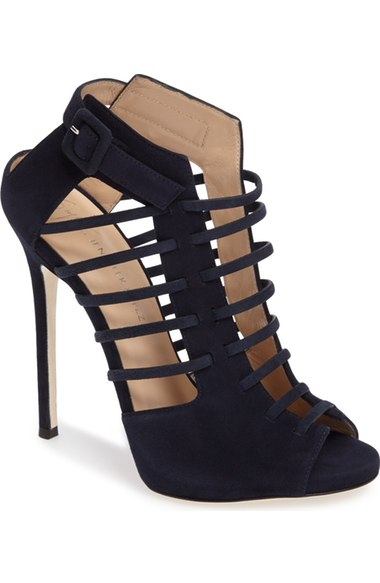 27479910a68 Make the World Your Catwalk with JLo s Shoe Collection - Loren s World