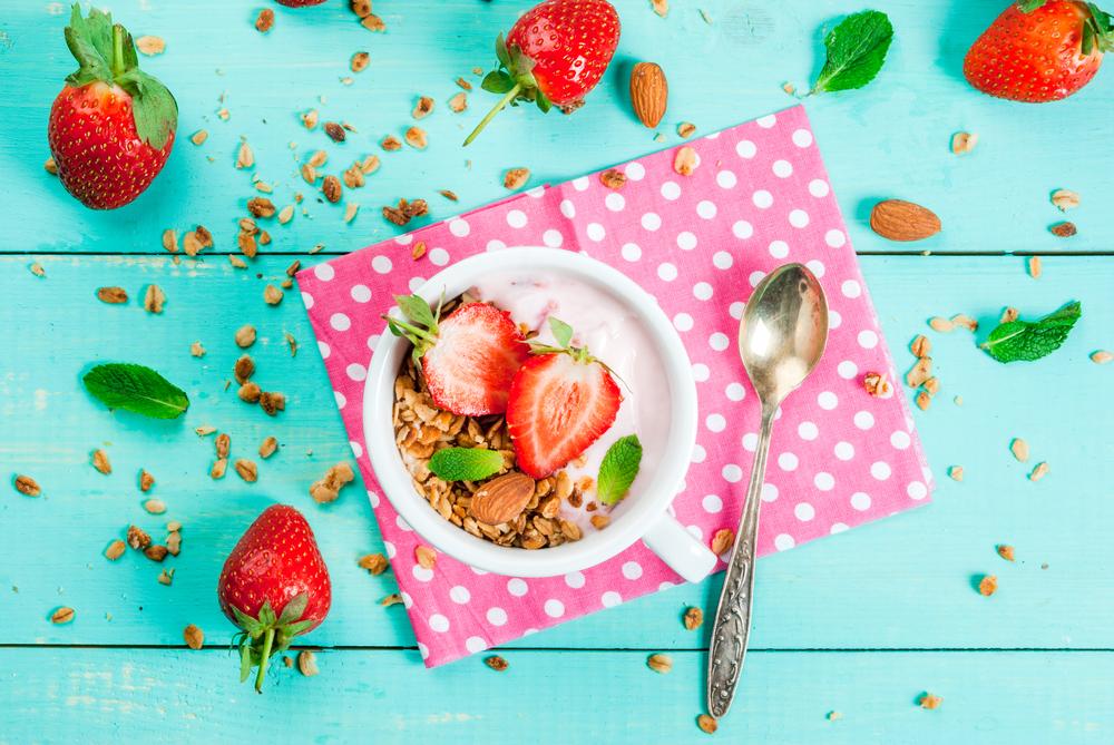 berries healthy snack