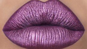 How To Create A Metallic Lip Look