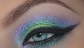 Get the Look with Motives: Cool Breeze Eye Shadow Tutorial