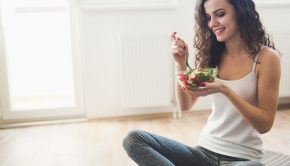7 Best Low Calorie Foods, low calorie, low calorie meal, arugula, salad, foods, low calorie foods