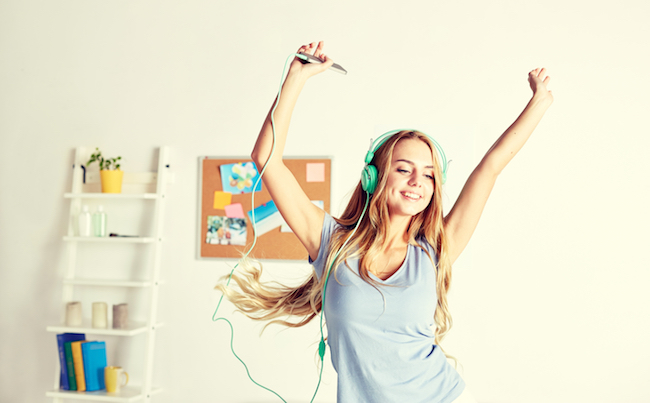 Monday Motivation: Dance Party Playlist , dance party, dance, start your dace, sweat, exercise