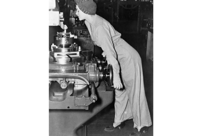 Real Life Rosie the Riveter Dies at 96, Naomi Parker Fraley, rosie the riveter, rip,