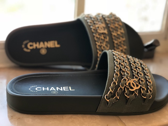 Casual Shoes You Can Wear on the Daily, shoes, flats, flat shoes, chanel, samba sol, valentino