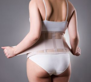 The Benefits of a Waist Trainer, waist trainer, girdle, workout, wearing a waist trainer