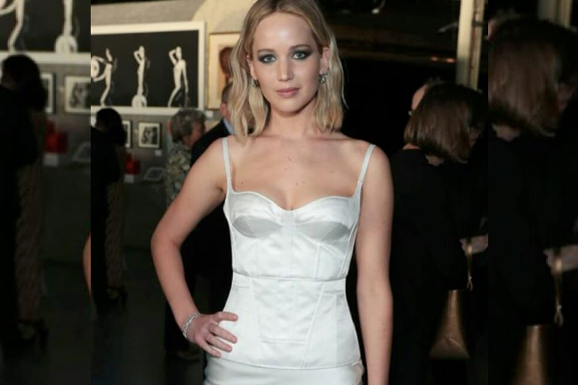 Get the Look: Jennifer Lawrence's White Corset, jennifer lawrence's white corset, jennifer lawrence, Olivier Theyskens