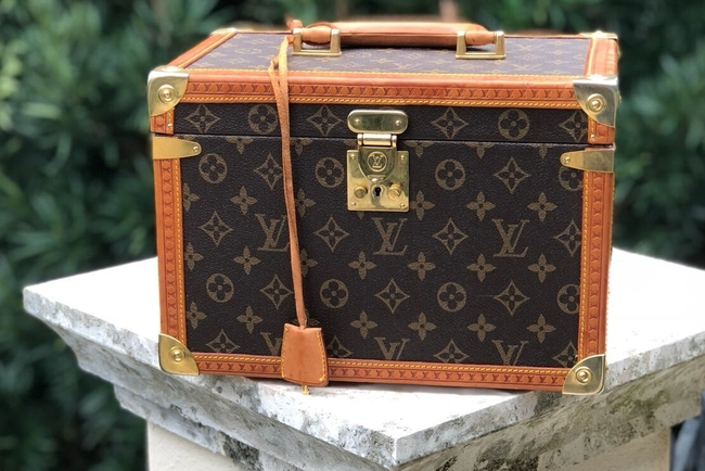 b75244b36c74 Travel in Style with Louis Vuitton Luggage - Loren s World