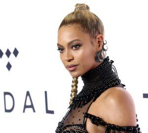 Beyoncé's Favorite Highlighter & It's Motives® Dupe
