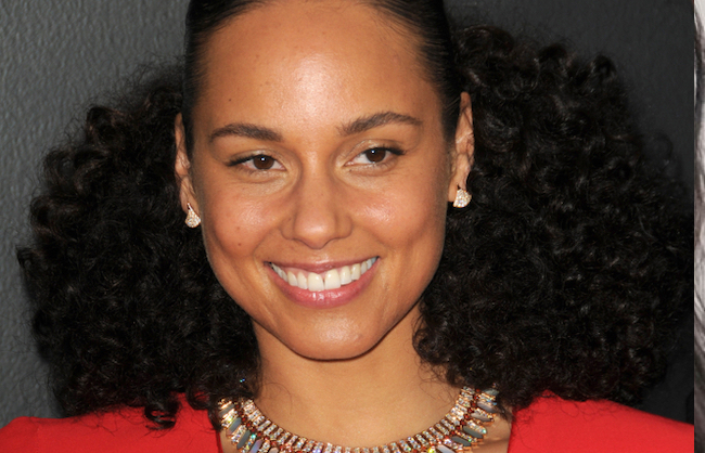 THIS is Why Alicia Looked so Good at the Grammy's, alicia keys, dotti, glamour, makeup