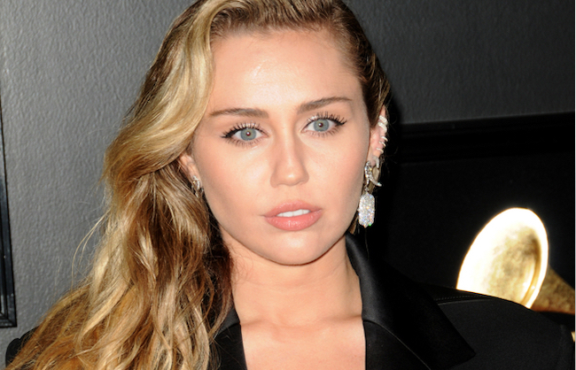 Get the Look with Motives® Dupes: Miley Cyrus at the Grammy's, miley cyrus, grammy's, motives, motives dupes,