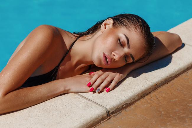 repair sun-damaged skin
